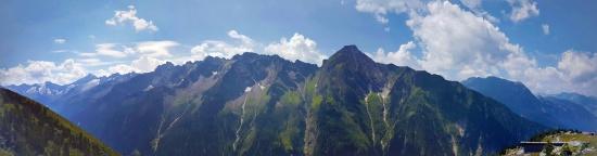 Mamawelt-Berge918-PANO